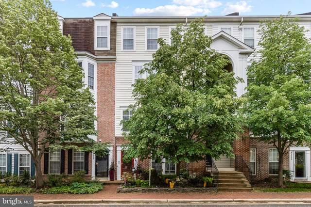 5062 Donovan Drive, ALEXANDRIA, VA 22304 (#VAAX259398) :: Crews Real Estate