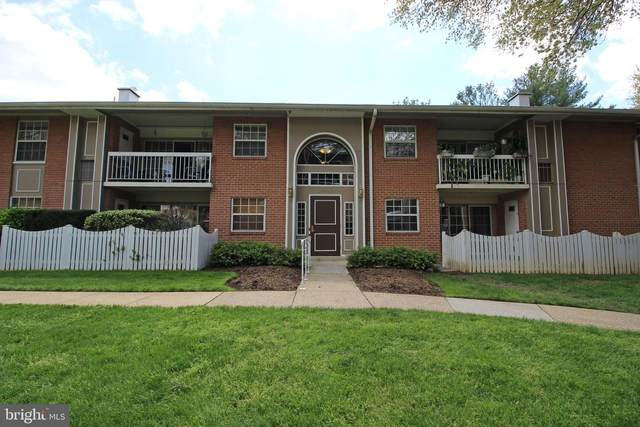 1946 Kennedy Drive #104, MCLEAN, VA 22102 (#VAFX1199048) :: Jacobs & Co. Real Estate