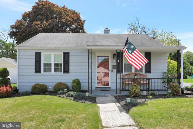 1216 Glenwood Avenue, HAGERSTOWN, MD 21742 (#MDWA179578) :: The Riffle Group of Keller Williams Select Realtors