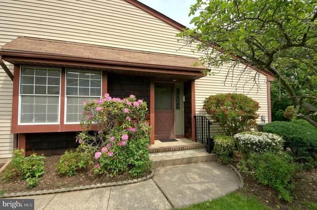 21-A Betsy Ross Drive A, MONROE TOWNSHIP, NJ 08831 (MLS #NJMX126622) :: PORTERPLUS REALTY