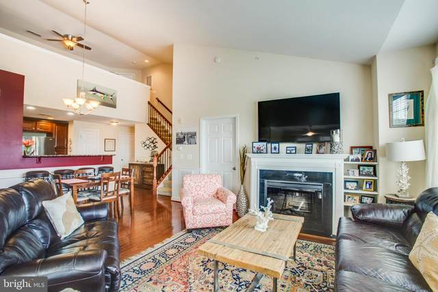 701-302 Cobblestone Boulevard #302, FREDERICKSBURG, VA 22401 (#VAFB119050) :: Corner House Realty