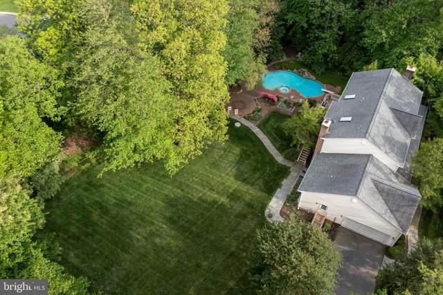 1327 Hunter Mill Road, VIENNA, VA 22182 (#VAFX1199312) :: Jennifer Mack Properties