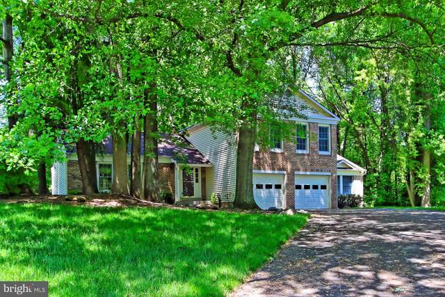 10434 Heritage Landing Road, BURKE, VA 22015 (#VAFX1199468) :: McClain-Williamson Realty, LLC.