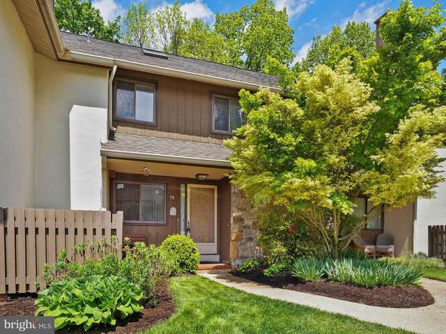 71 Oak Knoll Drive, BERWYN, PA 19312 (#PACT535826) :: John Lesniewski | RE/MAX United Real Estate