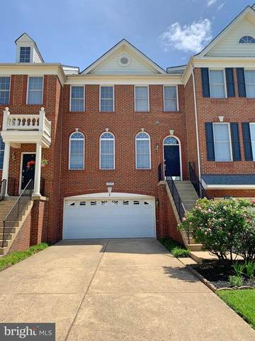 25216 Whippoorwill Terrace, CHANTILLY, VA 20152 (#VALO437924) :: Colgan Real Estate