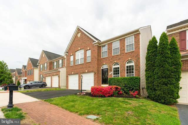 9912 E East Hill, LORTON, VA 22079 (#VAFX1199602) :: The Putnam Group