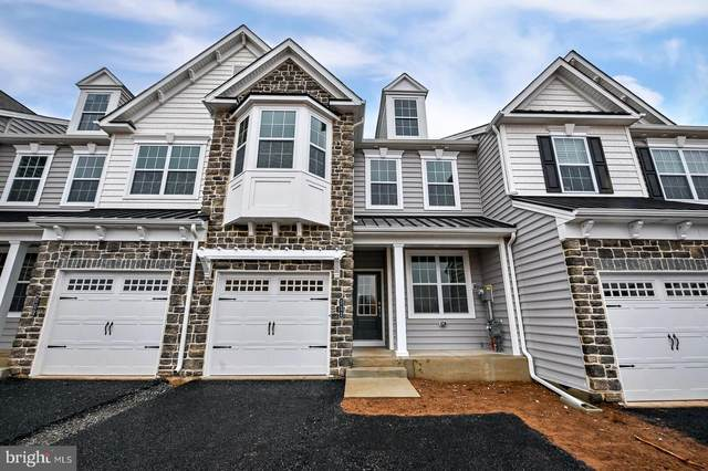 111 Woodwinds Drive, COLLEGEVILLE, PA 19426 (#PAMC692334) :: LoCoMusings