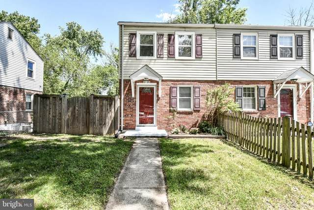 2126 Farrington Avenue, ALEXANDRIA, VA 22303 (#VAFX1199690) :: The Miller Team