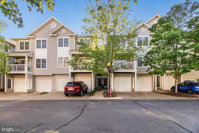4548 Superior Square, FAIRFAX, VA 22033 (#VAFX1199710) :: Dart Homes