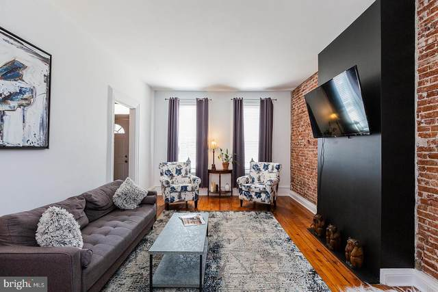 705 Walnut Street, COLUMBIA, PA 17512 (#PALA181876) :: The Joy Daniels Real Estate Group