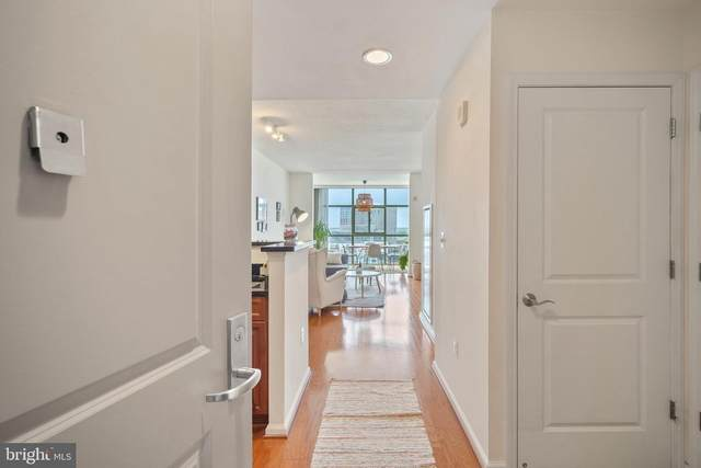 11700 Old Georgetown Road #1012, NORTH BETHESDA, MD 20852 (#MDMC757876) :: Grace Perez Homes