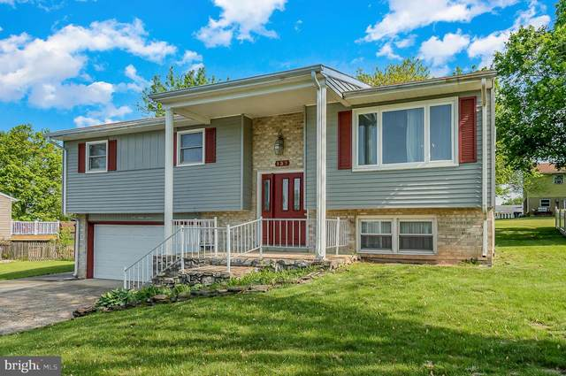 137 Chester Street, CARLISLE, PA 17013 (#PACB134770) :: The Joy Daniels Real Estate Group