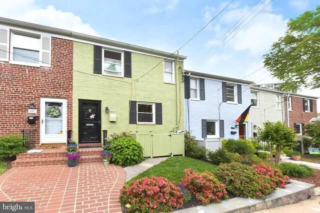 209 Guthrie Avenue, ALEXANDRIA, VA 22305 (#VAAX259668) :: Nesbitt Realty