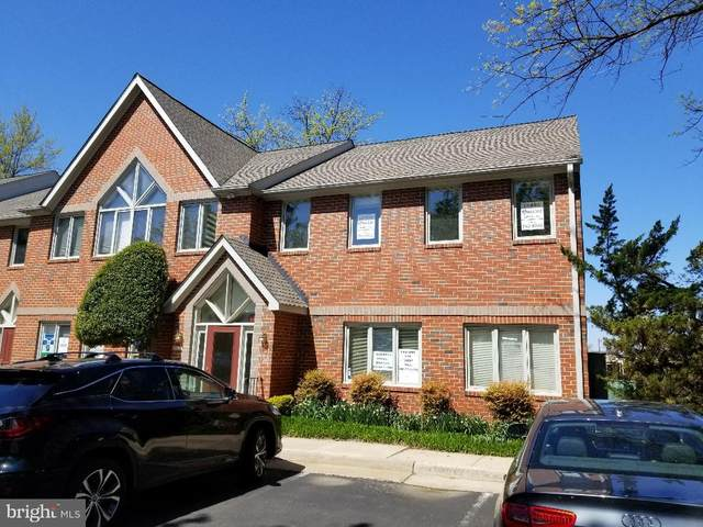 11094 Lee Highway D104, FAIRFAX, VA 22030 (#VAFC121498) :: Jacobs & Co. Real Estate