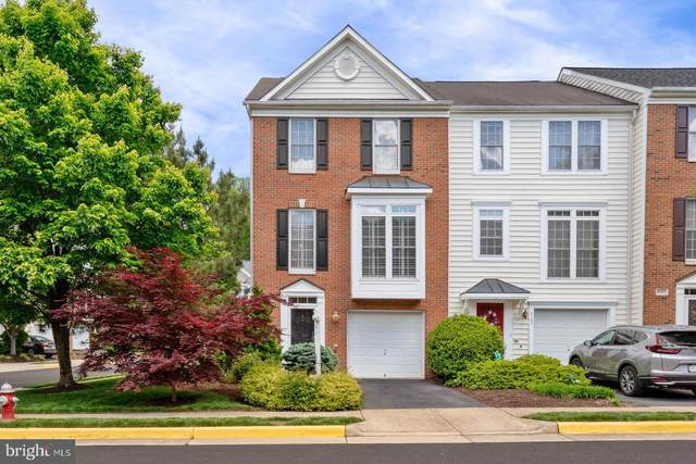 4103 Fairfax Center Creek Drive, FAIRFAX, VA 22030 (#VAFX1200802) :: Nesbitt Realty
