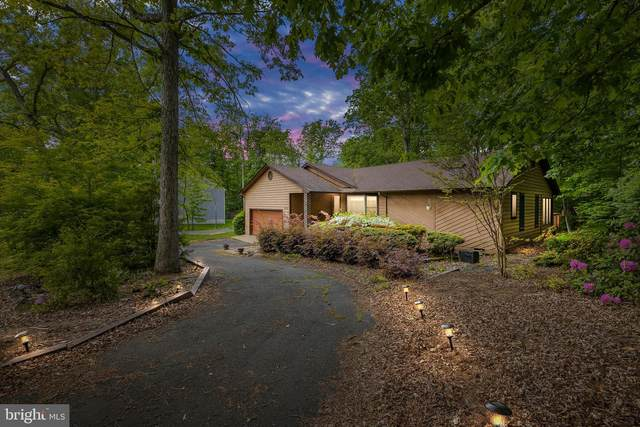 3003 Lakeview Parkway, LOCUST GROVE, VA 22508 (#VAOR139300) :: ExecuHome Realty