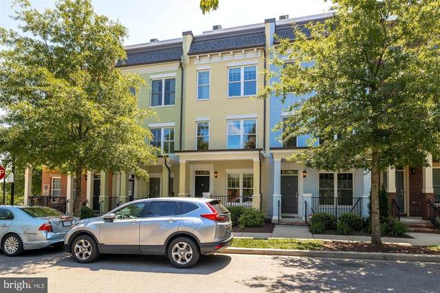 2921 Chancellors Way NE, WASHINGTON, DC 20017 (#DCDC521614) :: Colgan Real Estate