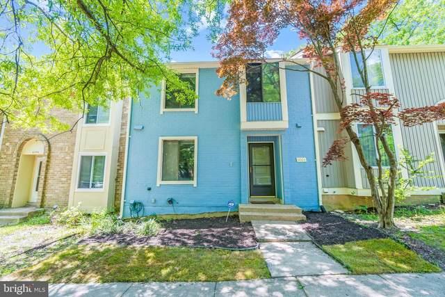 6004 Forrest Hollow Lane, SPRINGFIELD, VA 22152 (#VAFX1201178) :: Jacobs & Co. Real Estate