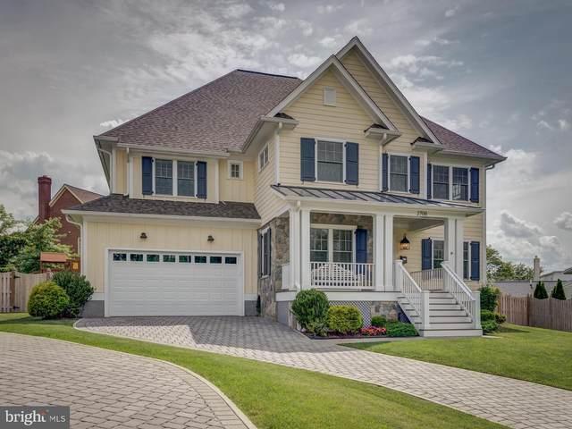 2708 N Buchanan Street, ARLINGTON, VA 22207 (#VAAR181464) :: Debbie Dogrul Associates - Long and Foster Real Estate