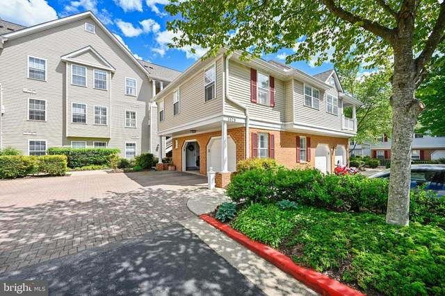 5829 Wyndham Circle #204, COLUMBIA, MD 21044 (#MDHW294644) :: The Miller Team