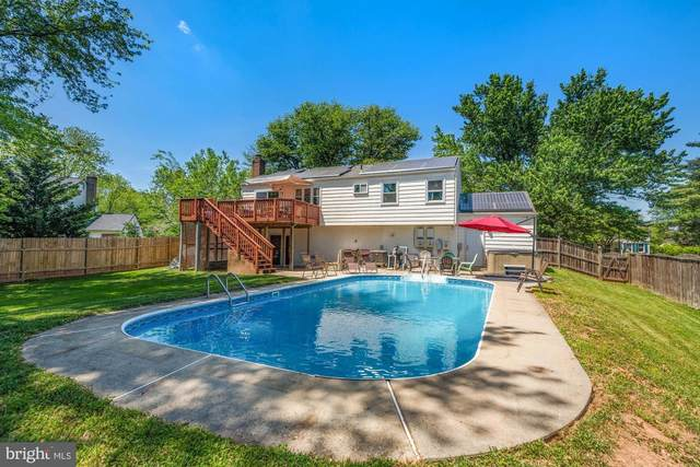 19820 Westerly Avenue, POOLESVILLE, MD 20837 (#MDMC758466) :: Potomac Prestige
