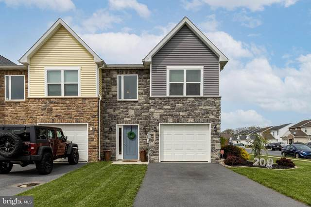 200 Meriweather Drive, CHAMBERSBURG, PA 17201 (#PAFL179902) :: The Joy Daniels Real Estate Group