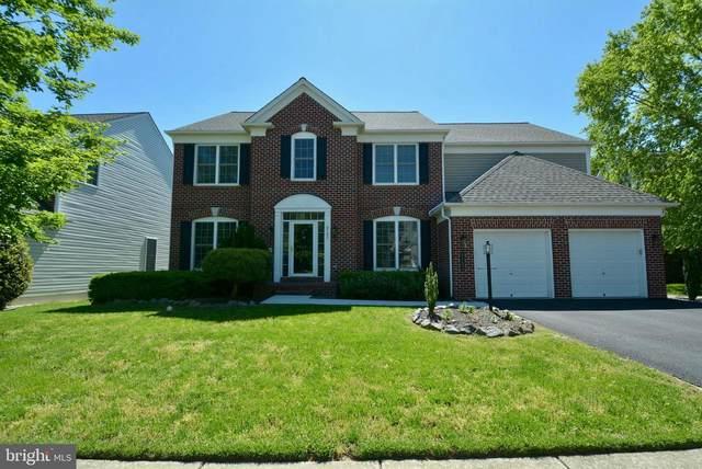 8702 Wild Prairie Rose Way, LORTON, VA 22079 (#VAFX1201472) :: Crews Real Estate
