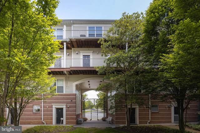 9486 Virginia Center Boulevard #311, VIENNA, VA 22181 (#VAFX1201566) :: Jennifer Mack Properties