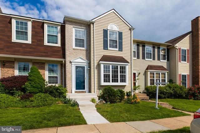 6821 Cottingham Lane, CENTREVILLE, VA 20121 (#VAFX1201730) :: Nesbitt Realty