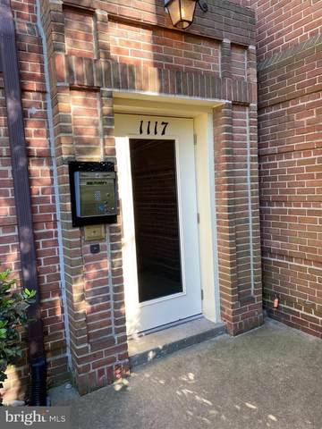 1117 N Pitt Street 2C, ALEXANDRIA, VA 22314 (#VAAX259898) :: Nesbitt Realty