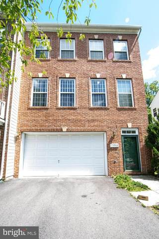 13982 Sawteeth Way, CENTREVILLE, VA 20121 (#VAFX1201970) :: Jennifer Mack Properties
