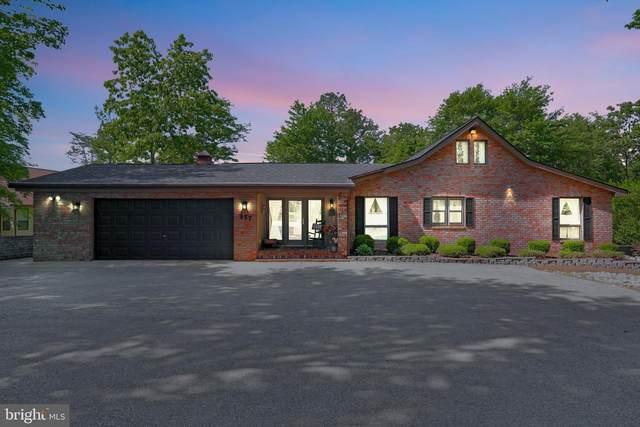 957 Tecumseh Trail, HEDGESVILLE, WV 25427 (#WVBE186108) :: Eng Garcia Properties, LLC