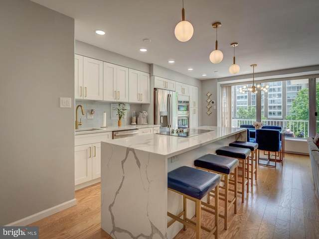 410 O Street SW #307, WASHINGTON, DC 20024 (#DCDC522210) :: Charis Realty Group