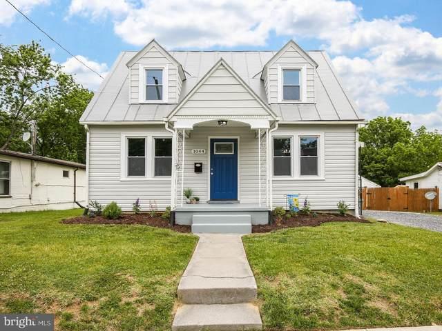 1044 Orchard Avenue, WINCHESTER, VA 22601 (#VAWI116204) :: The Schiff Home Team