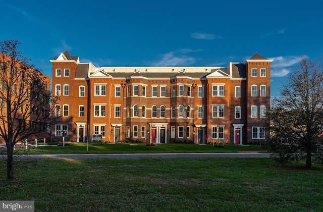 1109 E. Abingdon Drive, ALEXANDRIA, VA 22314 (#VAAX259914) :: Crews Real Estate