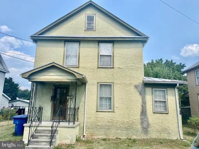 344 Blue Ridge Avenue, FRONT ROYAL, VA 22630 (#VAWR143718) :: A Magnolia Home Team