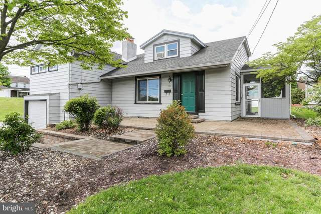502 Saint Johns Road, CAMP HILL, PA 17011 (#PACB135214) :: The Heather Neidlinger Team With Berkshire Hathaway HomeServices Homesale Realty