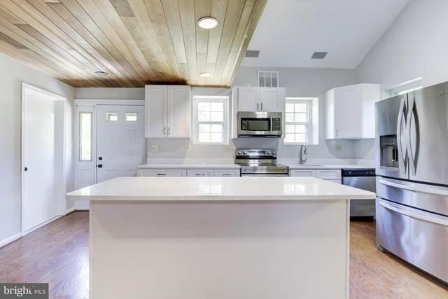 20006 Haller Avenue, POOLESVILLE, MD 20837 (#MDMC760098) :: Potomac Prestige