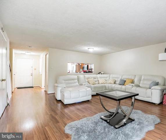 1815 Forest Park Drive, DISTRICT HEIGHTS, MD 20747 (#MDPG607756) :: The Vashist Group