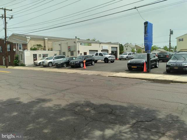 639 N Cannon Avenue, LANSDALE, PA 19446 (#PAMC694700) :: The John Kriza Team