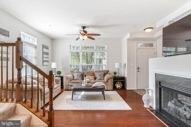 14274 A Woven Willow Lane #47, CENTREVILLE, VA 20121 (#VAFX1204152) :: The Piano Home Group