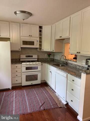 904 Rolfe Place, ALEXANDRIA, VA 22314 (#VAAX260252) :: Nesbitt Realty