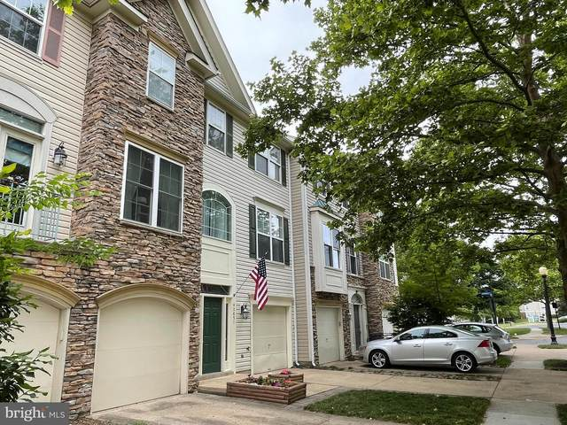 42851 Golf View Drive, CHANTILLY, VA 20152 (#VALO439888) :: The Piano Home Group