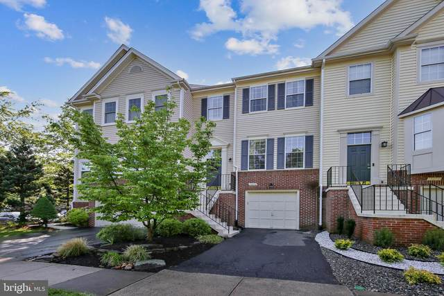13052 Cobble Lane, CLIFTON, VA 20124 (#VAFX1205194) :: The Piano Home Group
