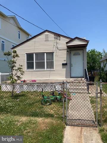 437 W Garfield Avenue, WILDWOOD, NJ 08260 (#NJCM105058) :: Erik Hoferer & Associates