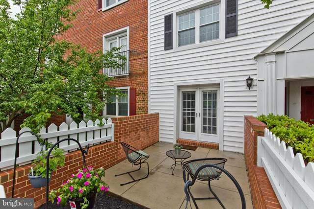 2838-A S Wakefield Street, ARLINGTON, VA 22206 (#VAAR182578) :: Eng Garcia Properties, LLC