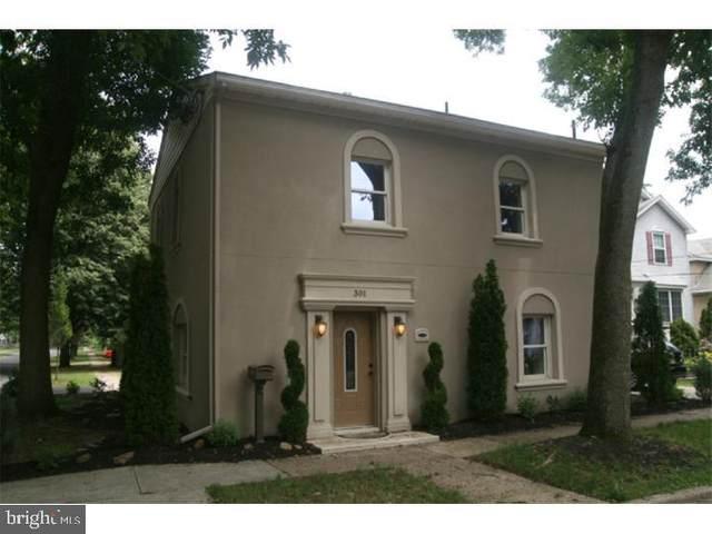 301 Penn Street, RIVERTON, NJ 08077 (MLS #NJBL399058) :: Kiliszek Real Estate Experts