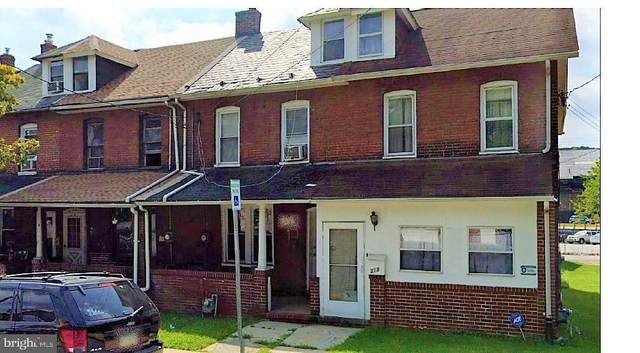316 Valley Road, COATESVILLE, PA 19320 (#PACT538094) :: The Mike Coleman Team