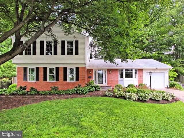 4800 Thiban Terrace, ANNANDALE, VA 22003 (#VAFX1206296) :: The Riffle Group of Keller Williams Select Realtors