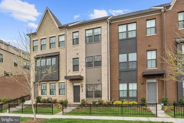 6402 47TH Avenue, RIVERDALE, MD 20737 (#MDPG608820) :: The Sky Group
